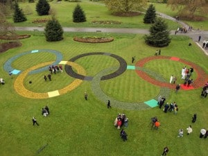 Five Interlocking Crop Circles Appear in London Park