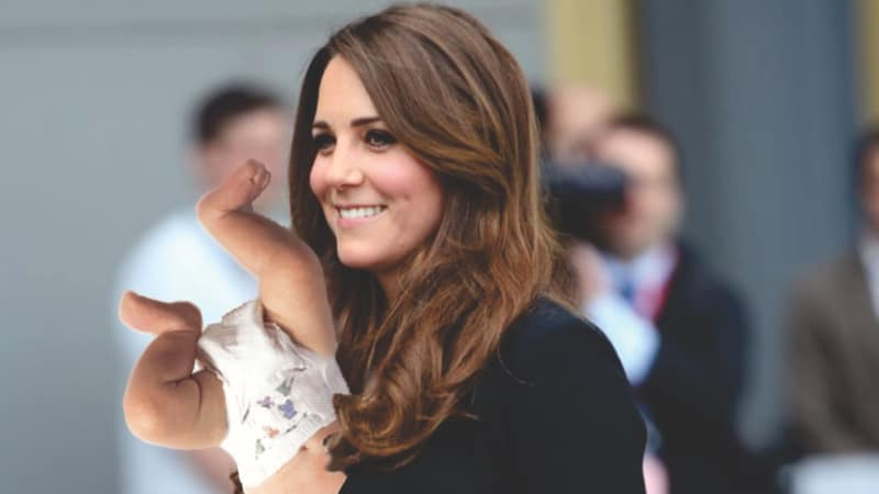 British Men Encourage Princess Kate to Breastfeed in Public